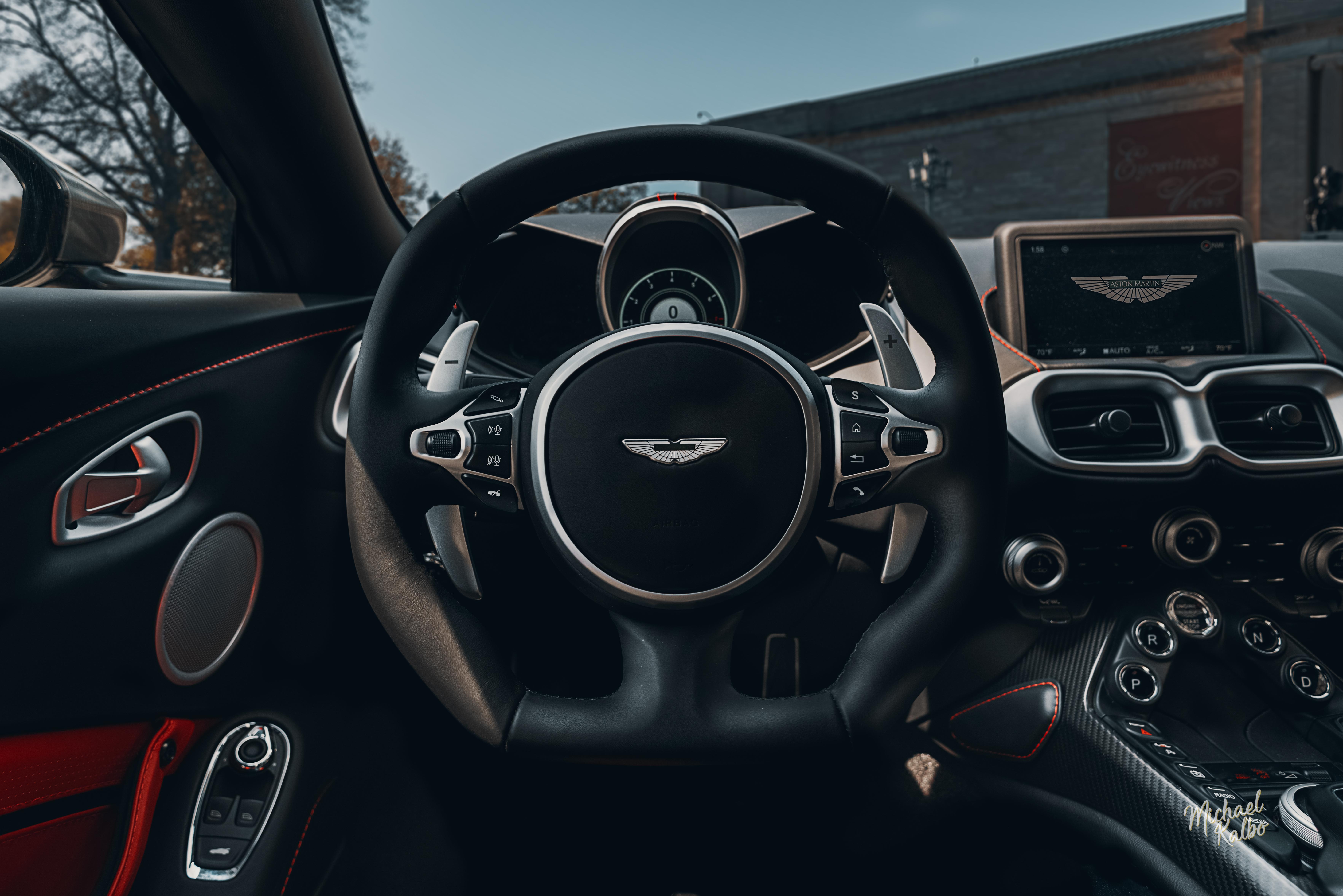 2018 Aston Martin Vantage-3